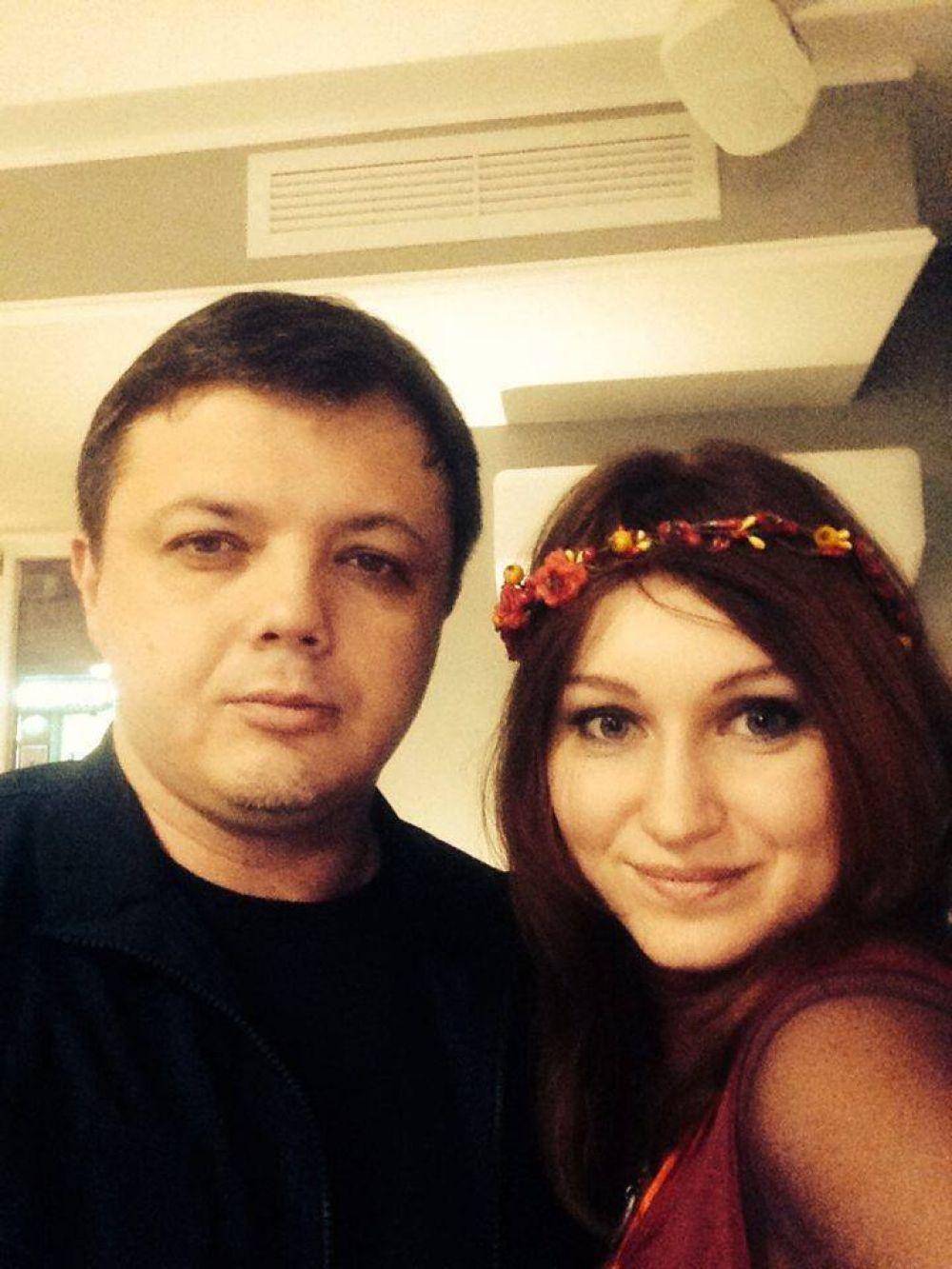 Единственное фото народного депутата Семена Семенченко, где он вместе со своей супругой