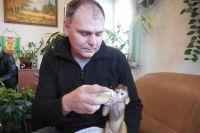 Детёныш обезьяны, как и маленький человек, требует много внимания