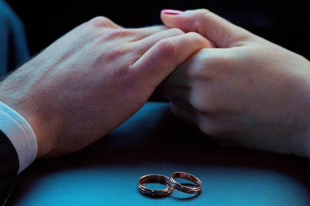 Почему обручальные кольца носят на безымянном пальце? - Real estate