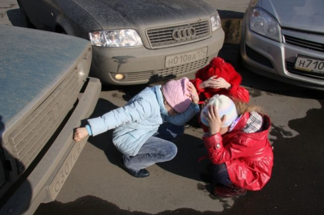 К счастью, в Прикамье пока не было несчастных случаев с детьми, перебегавшими дорогу перед машинами.