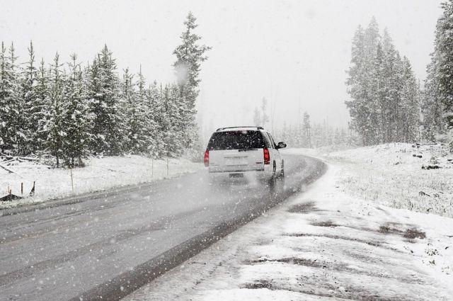 Осложнение уличных условий: Госавтоинспекция советует оренбуржцам воздержаться отдальних поездок