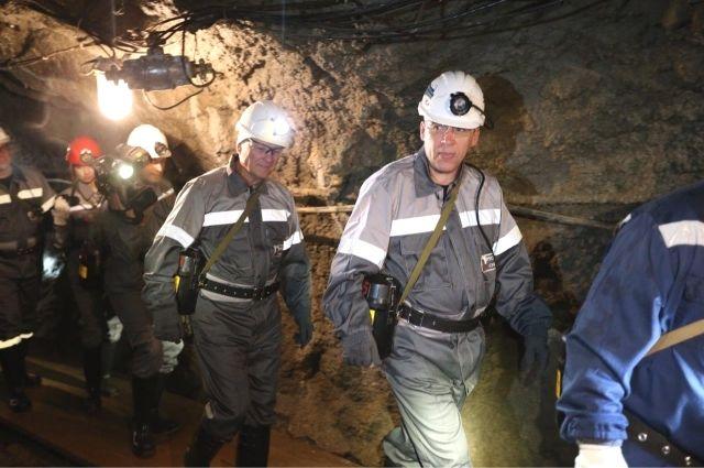 Более 200 горняков эвакуировали из шахты имени Кирова в Ленинск-Кузнецком.