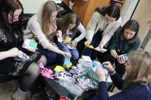 Свои открытки волонтёры назвали «воентинками», по созвучию с валентинками.