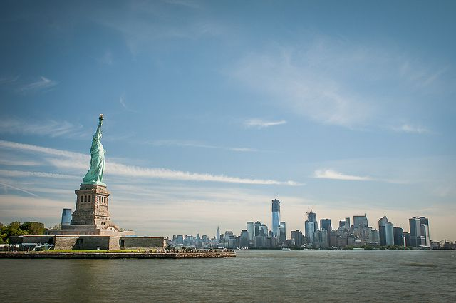 Граждане Нью-Йорка жалуются назаполонивших город крыс