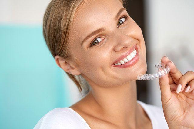 Как добиться идеальной улыбки без брекетов