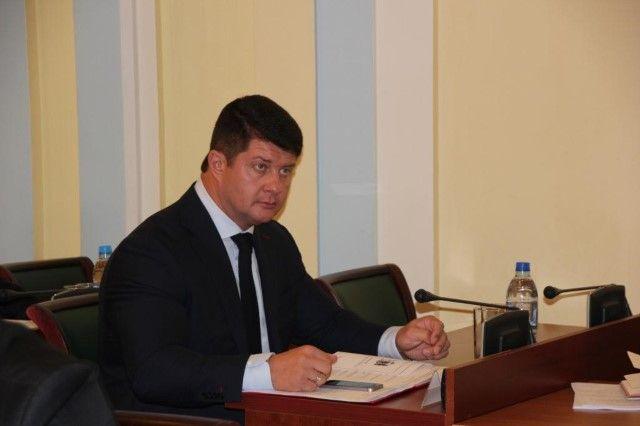И. о. главы города Ярославля Слепцов подал документы напост градоначальника
