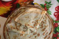 На Масленицу положено каждый день печь блины.