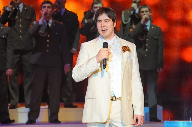 Ансамбль Александрова вновом составе впервый раз  вышел насцену Театра русской  армии