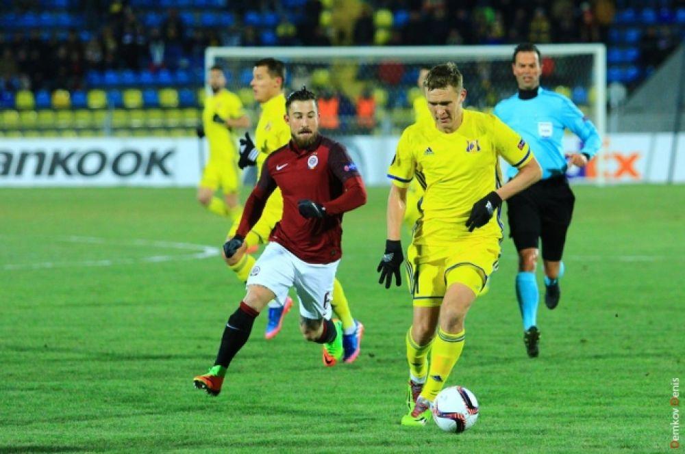 Затем ворота гостей поразил Дмитрий Полоз.