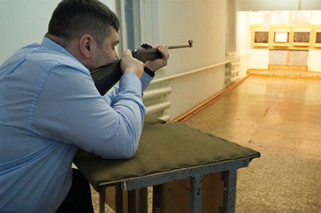 Руководитель Салехарда поведал, почему так превосходно умеет стрелять