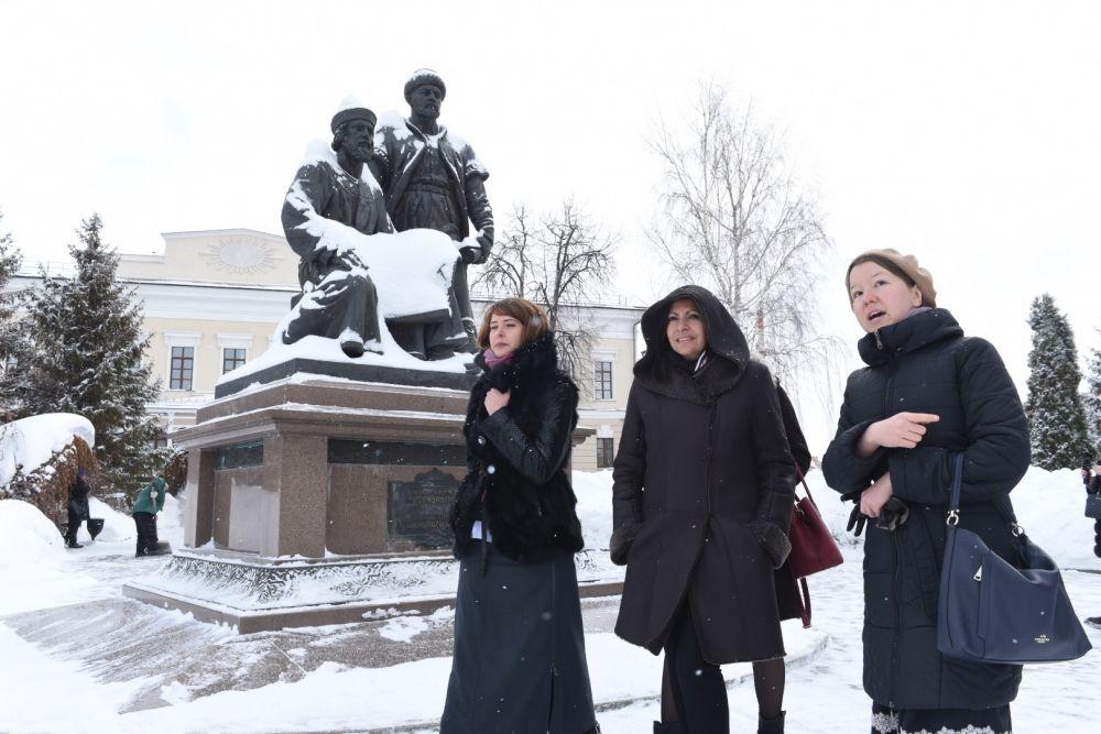 Прогулялась по территории Казанского Кремля.