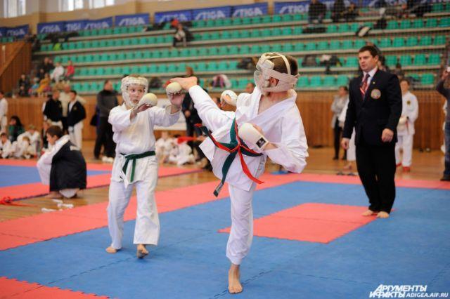В 216 году в турнире «Siberia open» приняли участие 386 каратистов из 31 клуба.