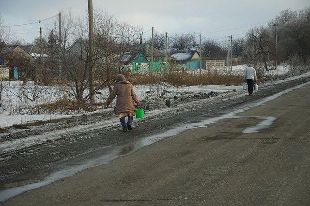ЛНР иДНР окажут гумпомощь подконтрольным Киеву районам Донбасса