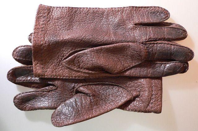 На Васильевском острове бесплатно раздавали перчатки и грелки для рук