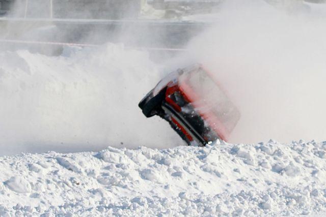 Инспекторы ДПС устроят ледовые гонки наозере вТюмени