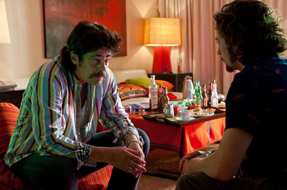 В 2012 году он принял предложение Оливера Стоуна сыграть в его новом криминальном триллере «Особо опасны», экранизации одноимённого романа Дона Уинслоу. В фильме он сыграл Ладо — жестокого вышибалу из мексиканского наркокартеля.