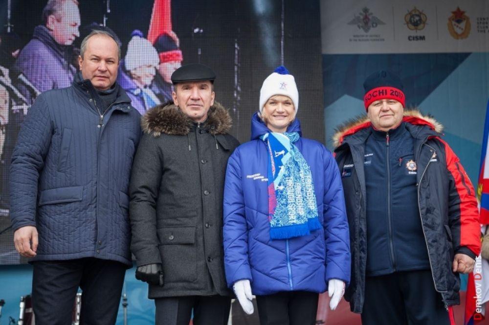 Дальше. в Москву он отправится в сопровождении посла Всемирных военных игр, двукратной олимпийской чемпионки Светланы Хоркиной.