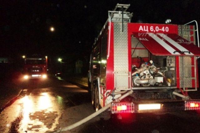 ВБрянске изгорящей многоэтажки эвакуировали шесть человек