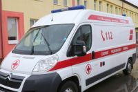 В Ладушкине автомобилистка во время поворота сбила пенсионерку на тротуаре.