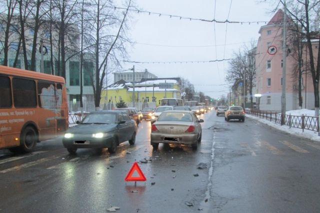 ВДТП наулице Советской вЯрославле пострадал пятилетний ребенок