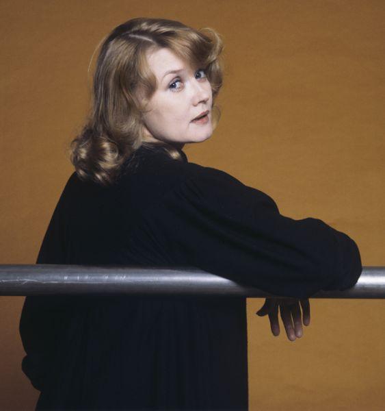 Актриса театра и кино Вера Алентова, 1987 год.