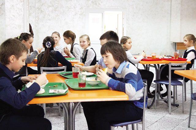 Умственная работа школьников требует вкусного и полезного подкрепления.