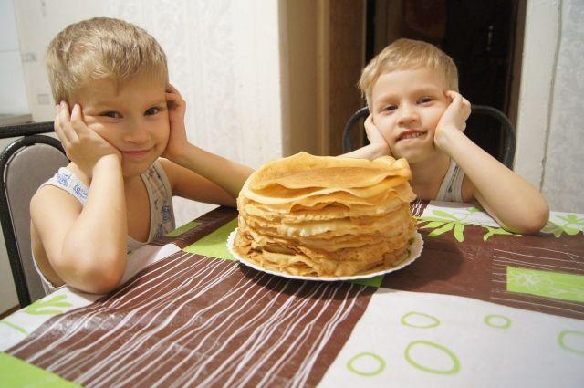 В Оренбурге горожане встречают «Русскую масленицу»