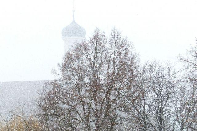 Снег пройдет по области местами.