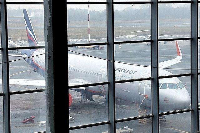 В аэропорту Храброво увеличат время регистрации на рейс.