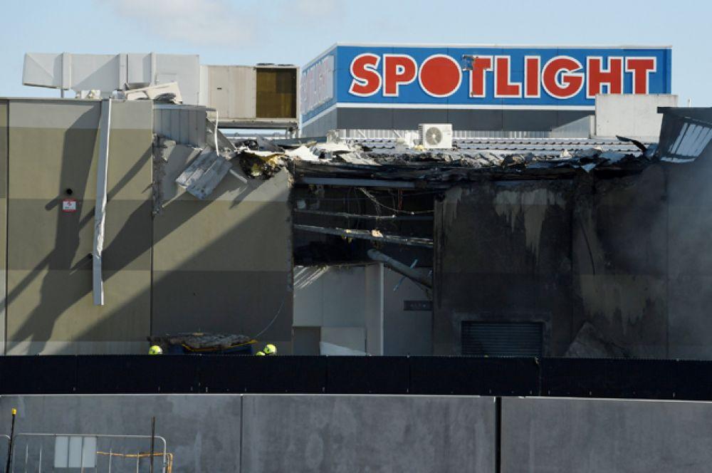 Самолет упал вскоре после вылета из аэропорта Эссендон.