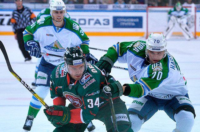 Матч между ХК «Ак Барс» и ХК «Салават Юлаев».