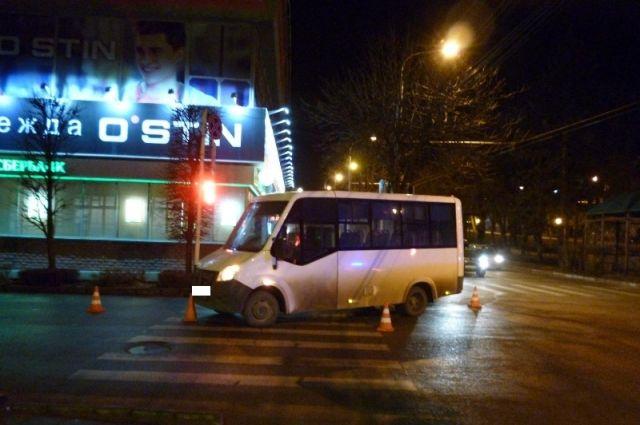ВСтаврополе шофёр маршрутки сбил женщину