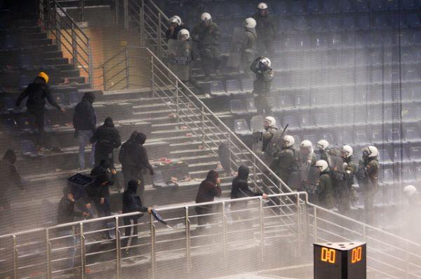Фанаты клуба «Панатинаикос».