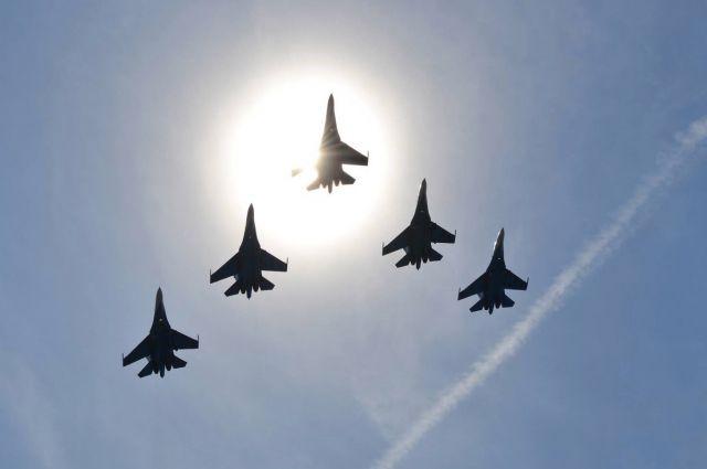 ВДень защитника Отечества вКраснодаре высший пилотаж покажут легендарные «Стрижи»