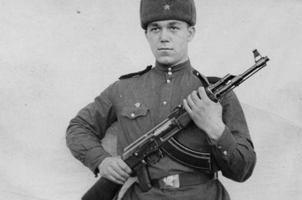 Эстрадный певец и депутат Государственной Думы Иосиф Кобзон.