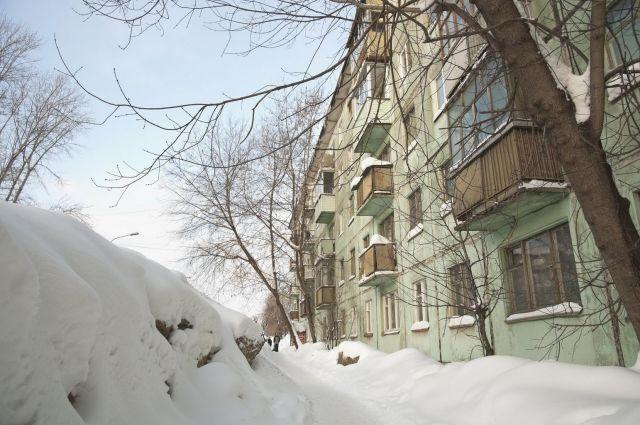 ВУдмуртии инвалида убил снег, упавший скрыши интерната