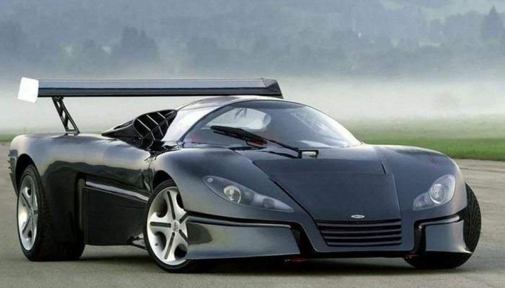 Sbarro GT-1 располагает мощностью двигателя в 450 л.с. и максимальной скоростью в 350 км/ч. Цена автомобиля - 1 млн долларов