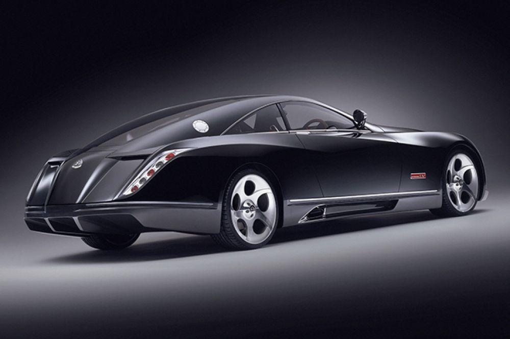 Марку Maybach уже хоть и сняли с производства, но Maybach Exelero до сих пор восхищает своим дизайном. Максимальная скорость - 350 км/ч. Самая дорогая в нашем списке машина стоит 8 млн долларов
