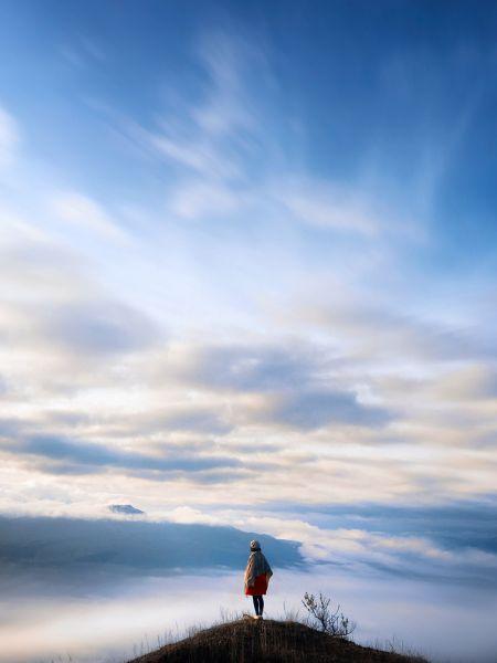 Одним из лучших фото в категории «Путешествия и приключения» АиФ считает фото с названием «Гора Асо»