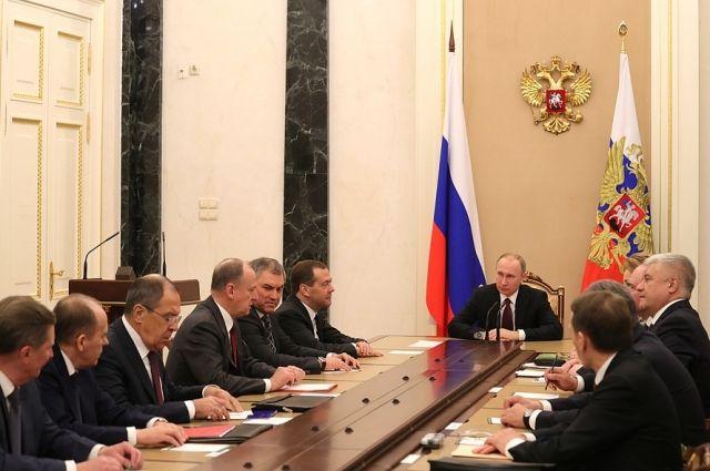 Путин провел экстренное совещание в Совбезе РФ