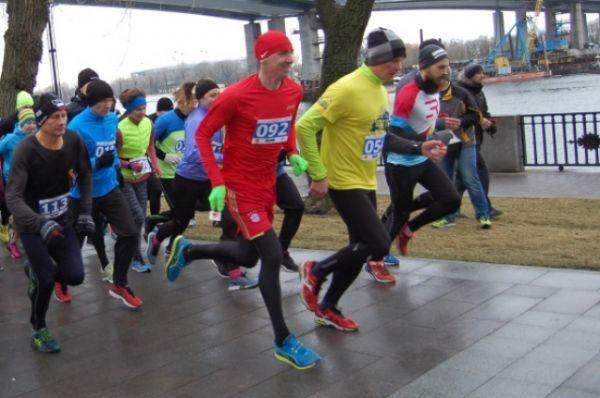В честь Дня защитника Отечества в Ростове-на-Дону 23 февраля состоялся третий по счёту легкоатлетический забег «Офицерский марафон».