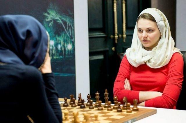 Анна Музычук выиграла уКостенюк первую партию ½ финалаЧМ пошахматам