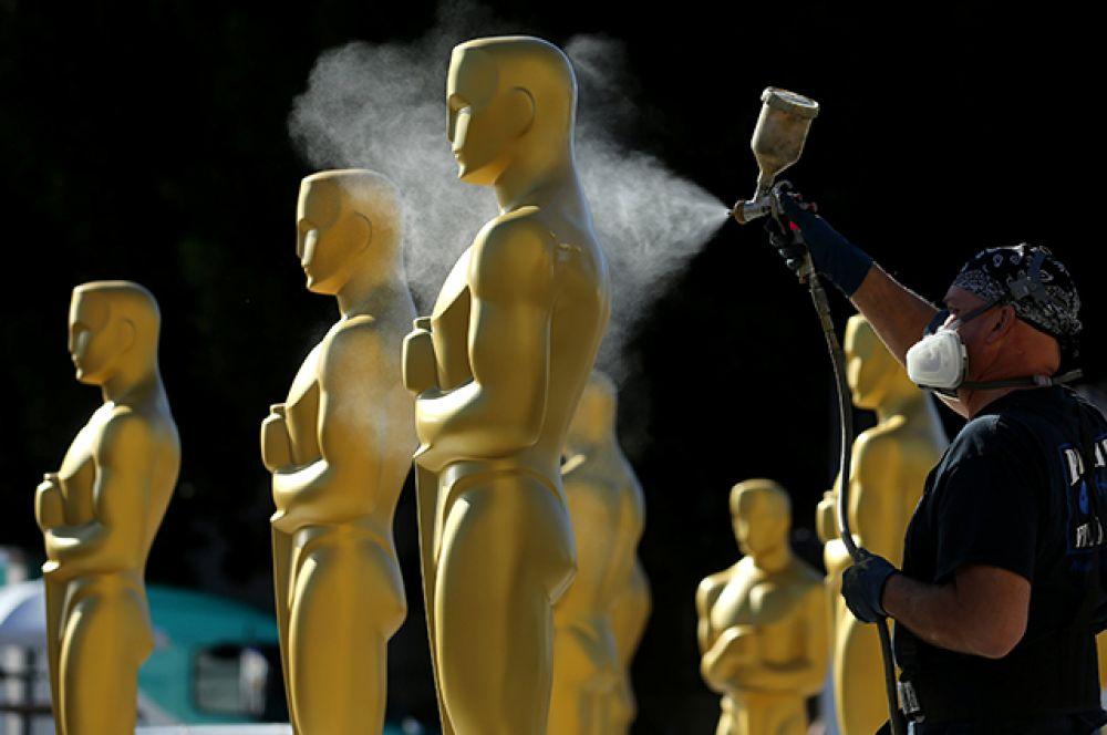23 февраля. В Голливуде готовятся к 89-й церемонии вручения премии Оскар.