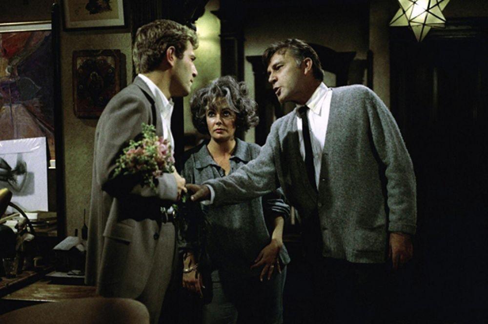 второй — за картину «Кто боится Вирджинии Вульф», которая вышла на экраны в 1966 году.