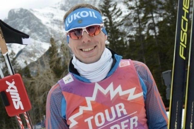 Устюгов выиграл золото в скиатлоне на ЧМ по лыжным видам спорта в Лахти