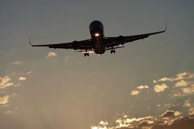 Самолет не полетел из-за неисправностей.