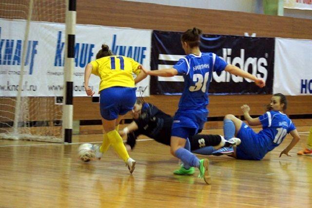 Игры четвертьфинала запланированы на 11 и 18 марта.