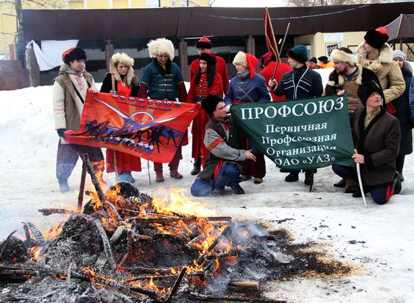 Граждане, спалившие чучело Масленицы, оказались членами профсоюза