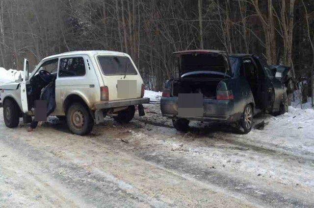 ВДТП под Тверью погибли два человека, шесть пострадали
