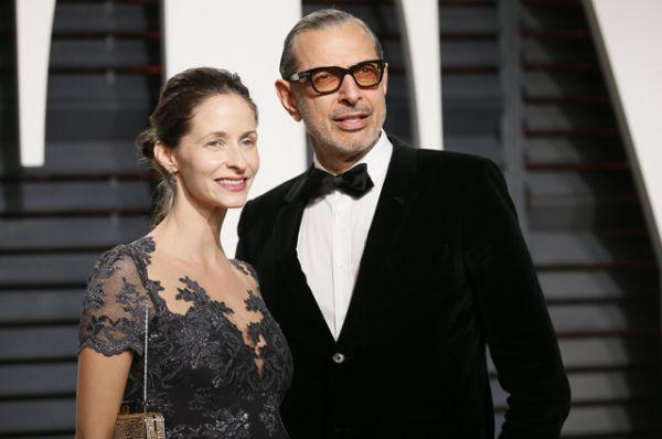 Джефф Голдблюм и его супруга Эмили Ливингстон.